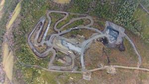 Flyfoto av Vinstra Motorsportarena i Gudbrandsdalen